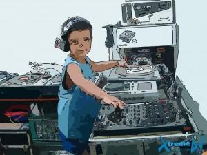 Os DJs de clubes, rádios e raves e suas principais características e particularidades