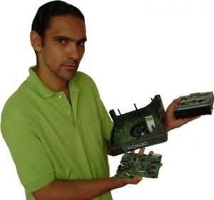 DJ instrutor Wagner J. Pereira com DN-S1000 aberta