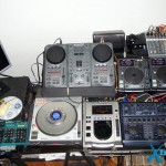 Parte 1 dos equipamentos do lado direito do estúdio Xtreme DJ