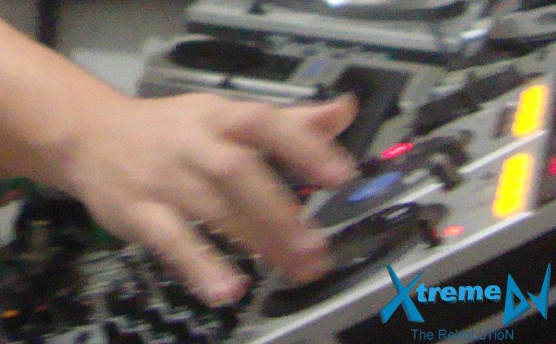 Não é necessário muito tempo de prática ou experiência para dominar as principais técnicas dos DJs!